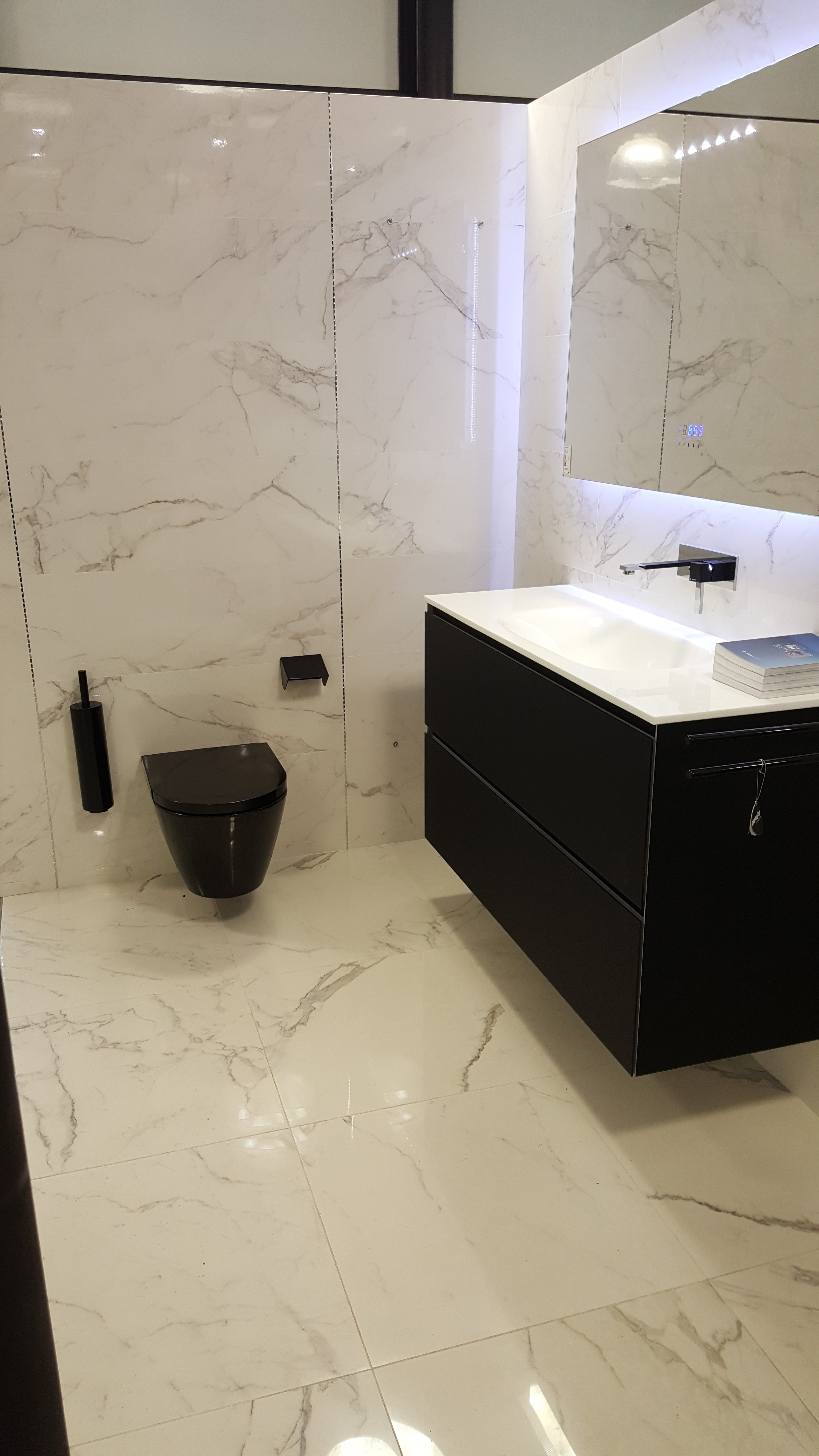carrelages paris uds paris uds market meuble de salle de bain paris artelinea paris atlas concorde paris accessoires de salle de bain paris carrelage imitation marbre paris miroir lumineux paris